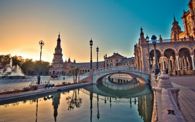 Really want to make Mother's Day? Take her shopping in Seville in March
